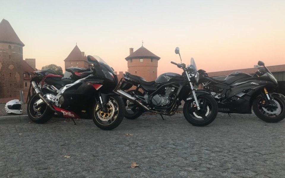 Zbiórka Zbiera na fazera ( motocykl) - zdjęcie główne