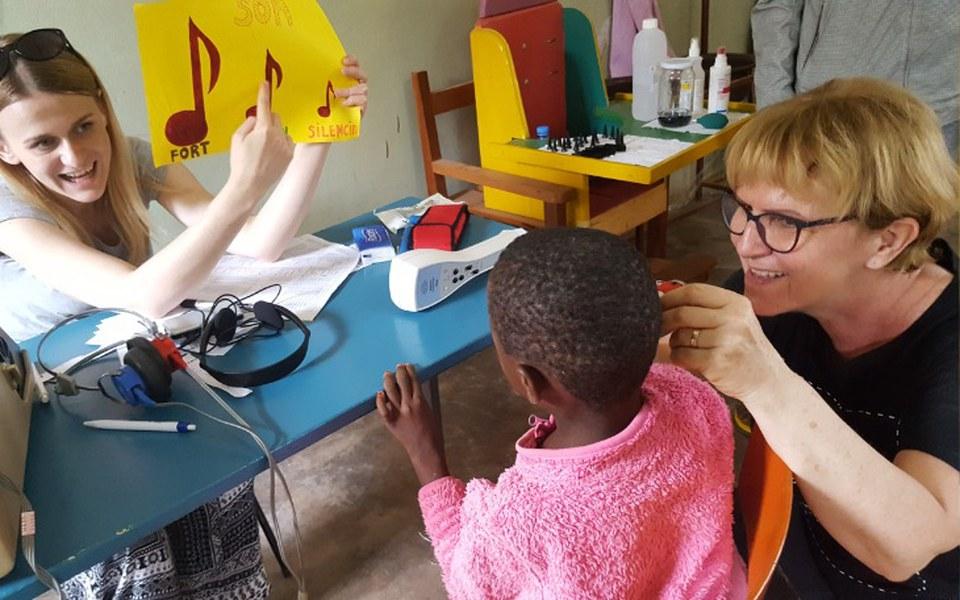 Zbiórka Protetyk słuchu w Afryce - zdjęcie główne