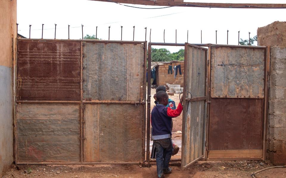 Zbiórka Świetlica w afrykańskim slumsie - zdjęcie główne