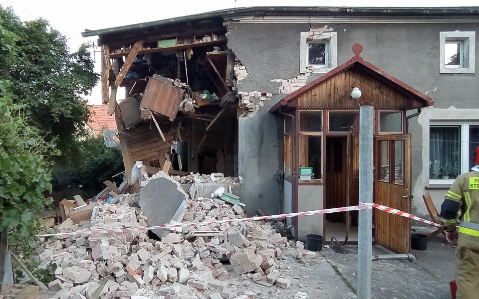 Zbiórka Wybuch zniszczył dom - zdjęcie główne