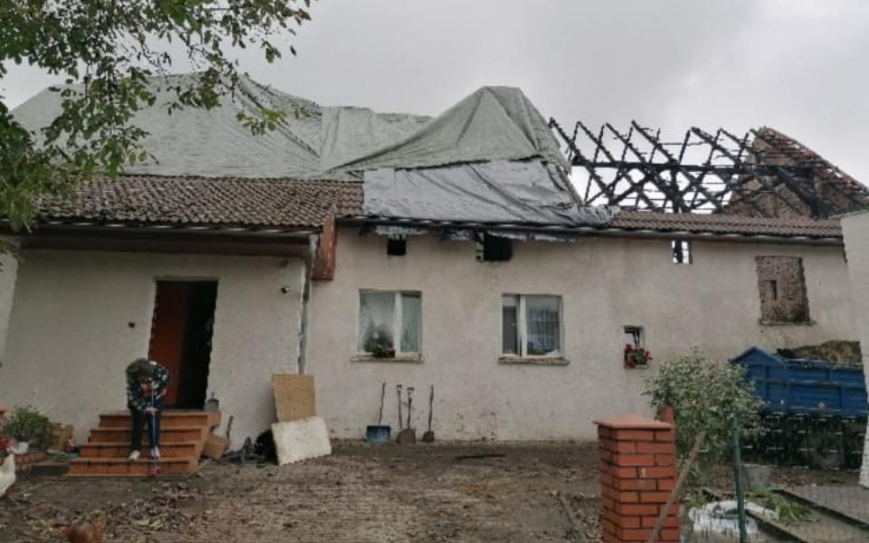 Zbiórka Pomagam odbudować dach nad głową - zdjęcie główne