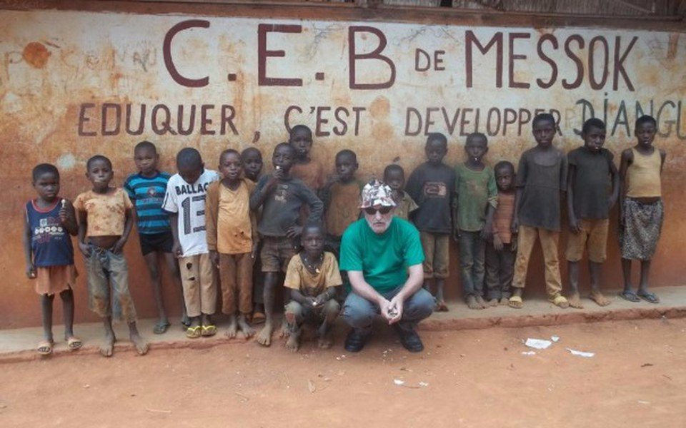Zbiórka Na szkole dla pigmejow w Kamerun - zdjęcie główne