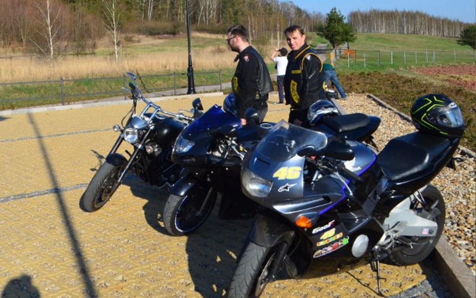 Zbiórka Motocyklowe wakacje marzeń 3os. - zdjęcie główne