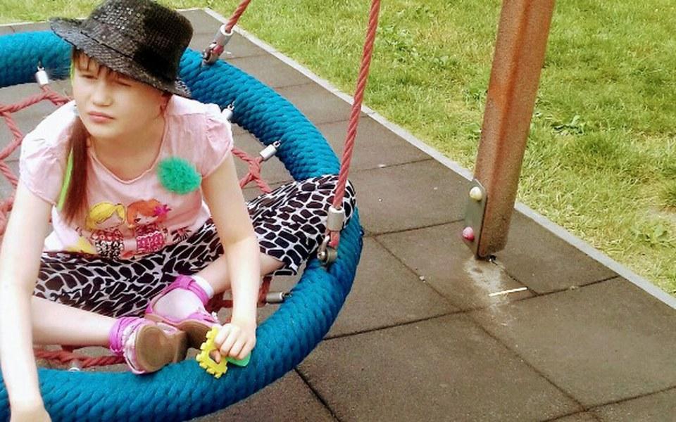 Zbiórka rehabilitacje i leczenie córki - zdjęcie główne