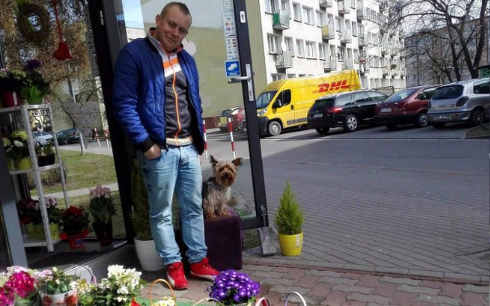 Zbiórka Większa kwiaciarnia - zdjęcie główne