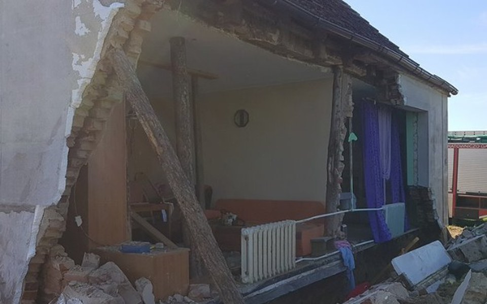 Zbiórka odbudowa domu Rodziców - zdjęcie główne