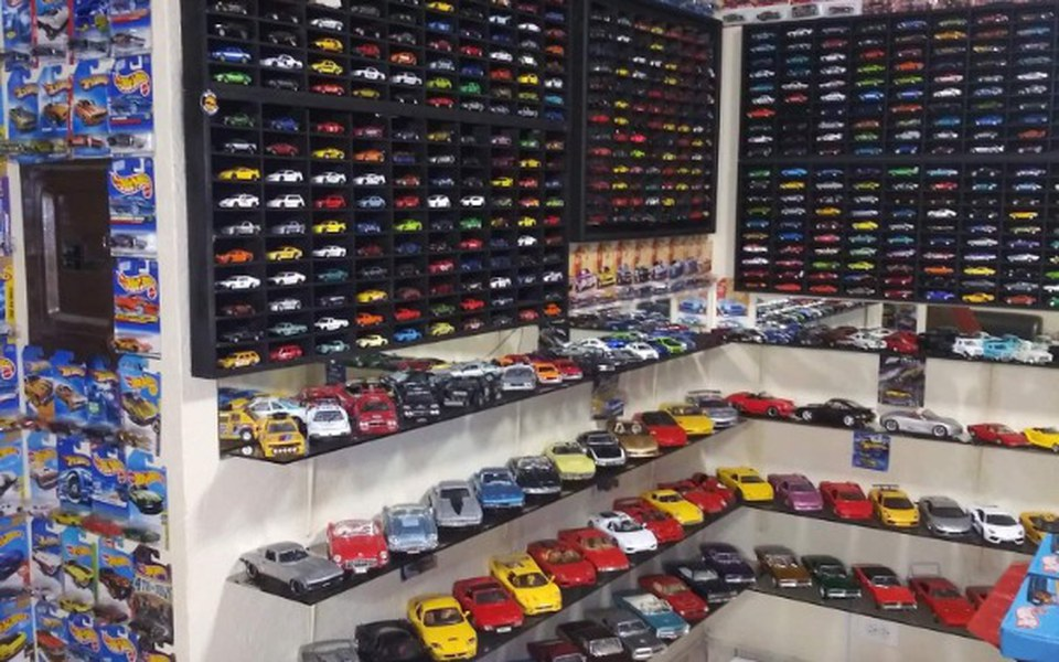 Zbiórka Modele samochodów w skali 1 43 - zdjęcie główne