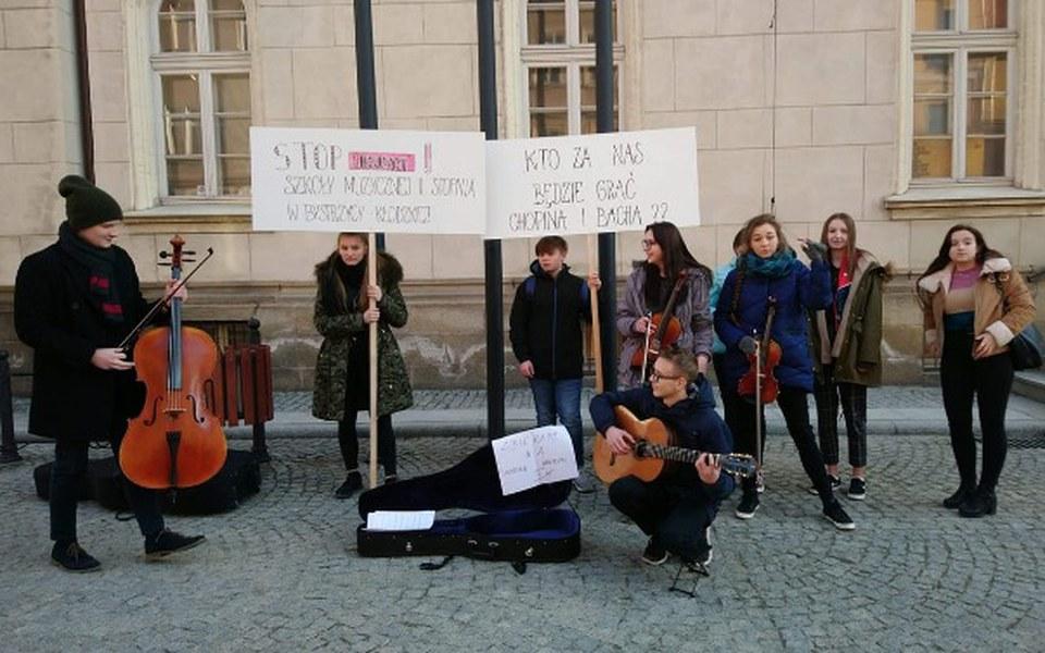 Zbiórka STOP Likwidacji Szkoły Muzycznej - zdjęcie główne