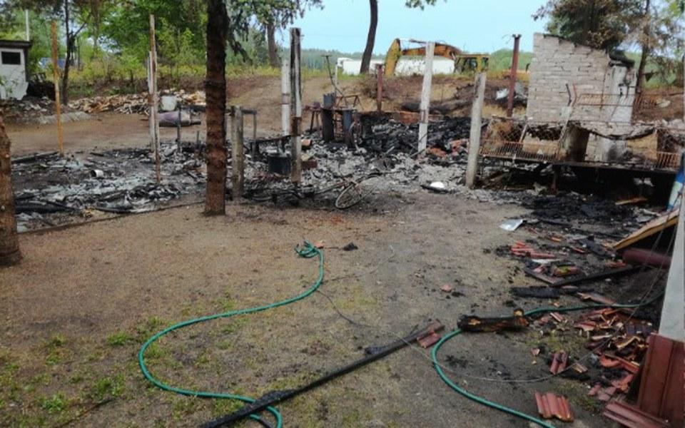 Zbiórka odbudowa domu po pożarze wujkaa - zdjęcie główne
