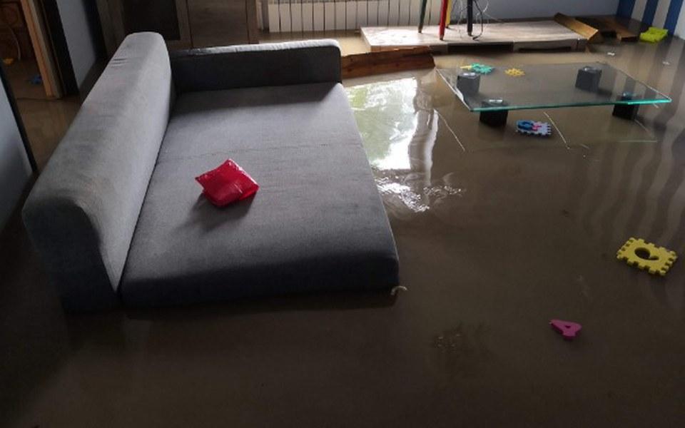 Zbiórka Zbiorka na remont po powodzi - zdjęcie główne