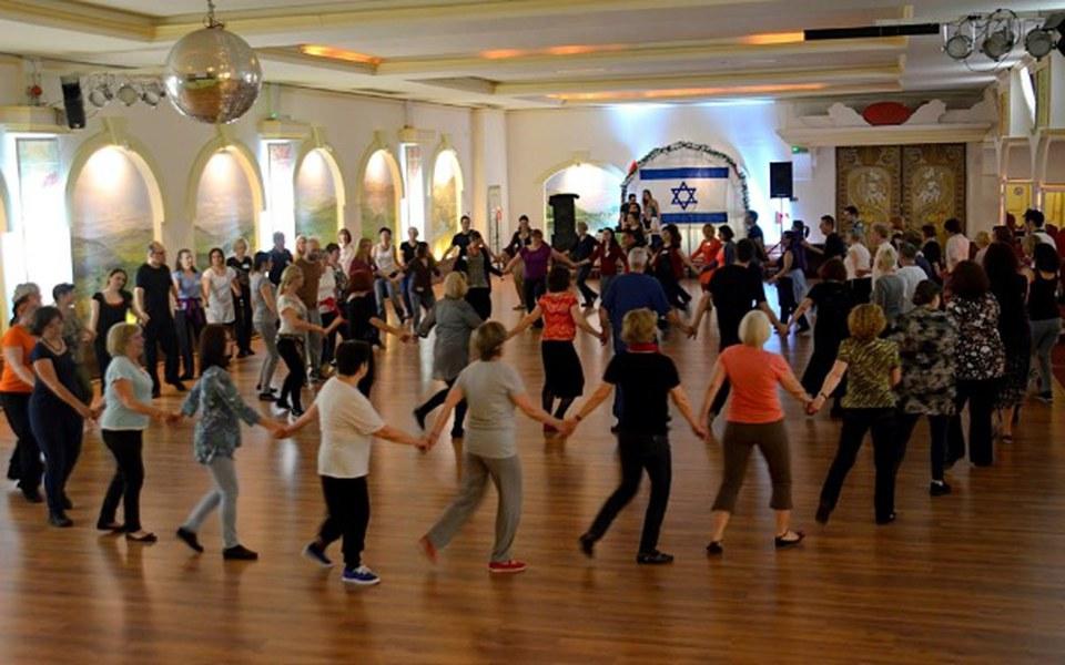 Zbiórka Zbliż kultury przez taniec - zdjęcie główne
