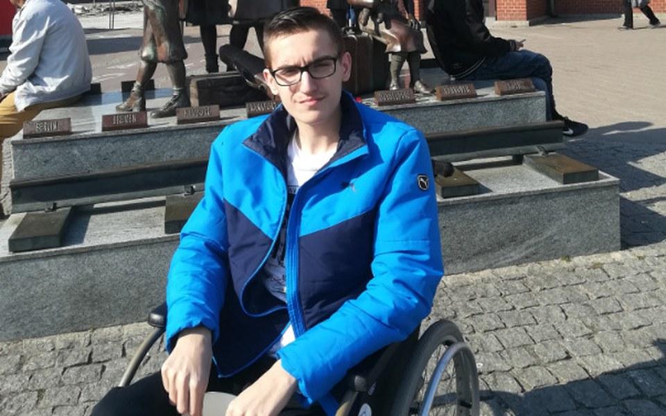 Zbiórka pomoc dla adama leczenie - zdjęcie główne