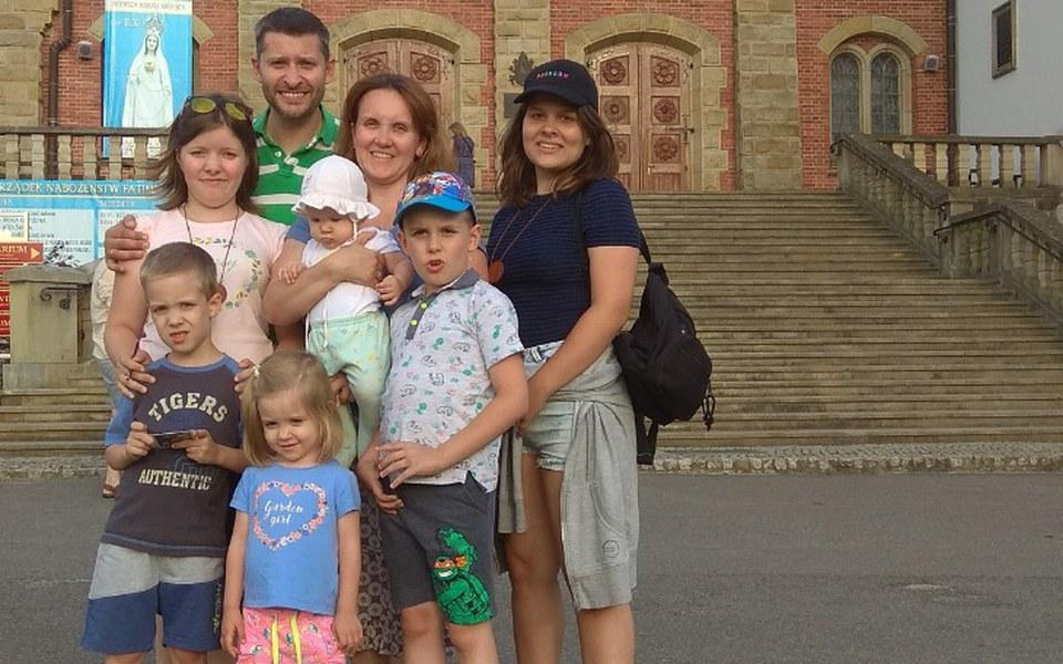 Zbiórka Dom dla dużej rodzinki - zdjęcie główne